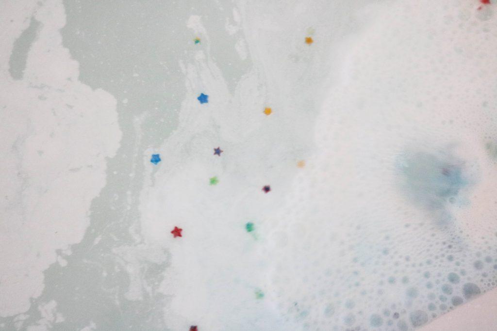 balistique bain Lush Star dust