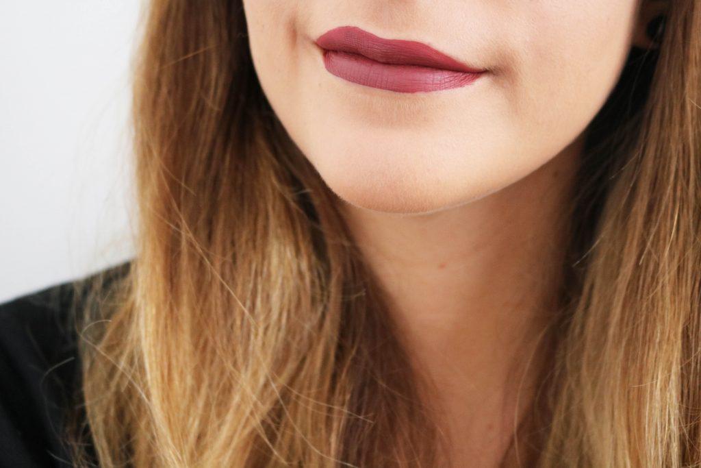 Rouges à lèvres Matte Velvetines de Lime Crime : Riot et Saint