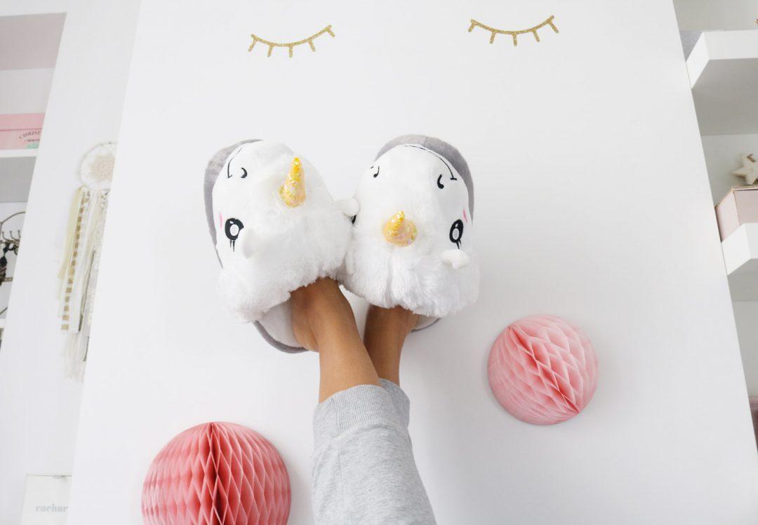 5 idées cadeaux licorne : chaussons licorne Coolgift