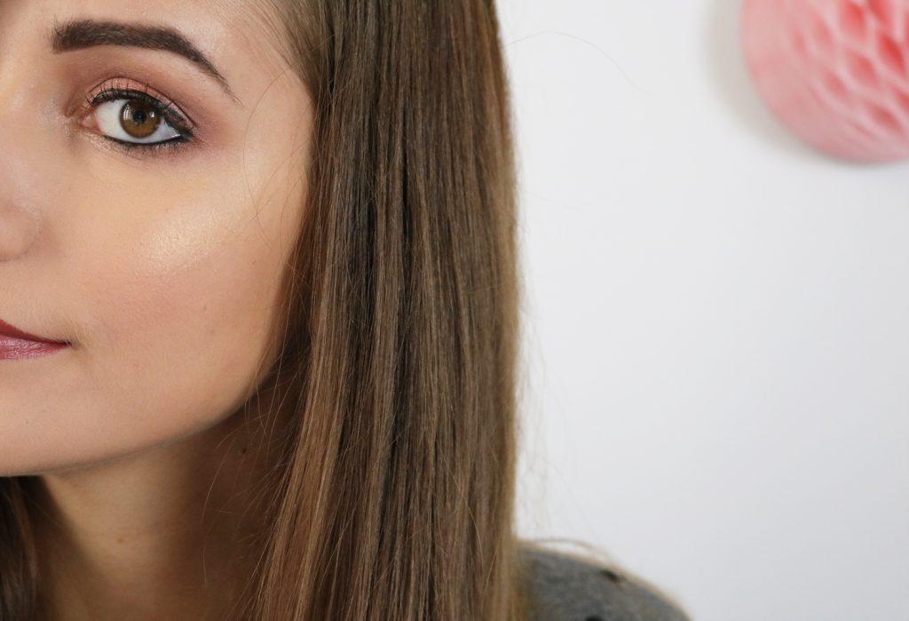 Tutoriel maquillage pour l'automne vieux rose et bordeaux