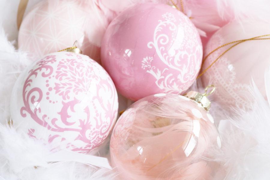 Boules pour sapin de noël roses Gifi