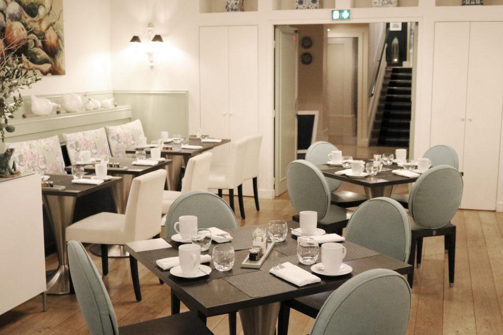 Salle petit déjeuner à l'hôtel Le Royal - MGallery By Sofitel à Lyon
