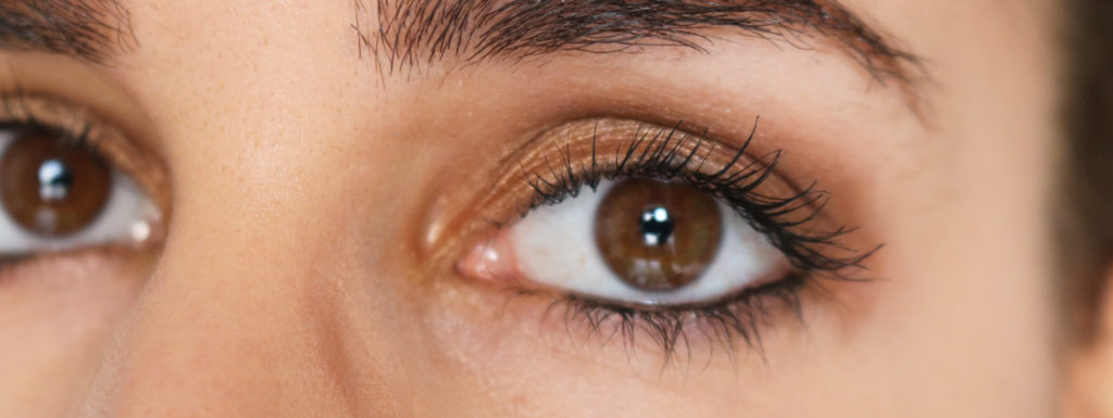 Maquillage avec la palette Warm Neutral de MAC Blog Beauté Lyon