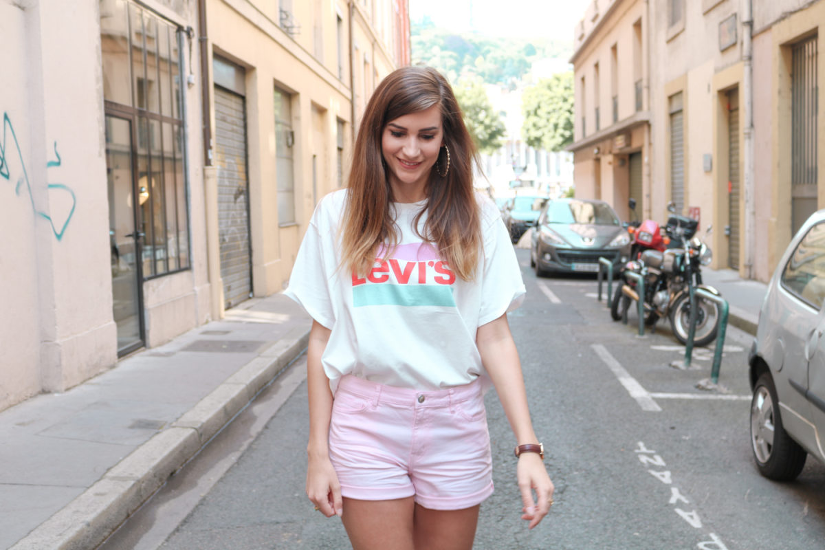 Look mode pastel tshirt Levi's Graphic J.V short rose