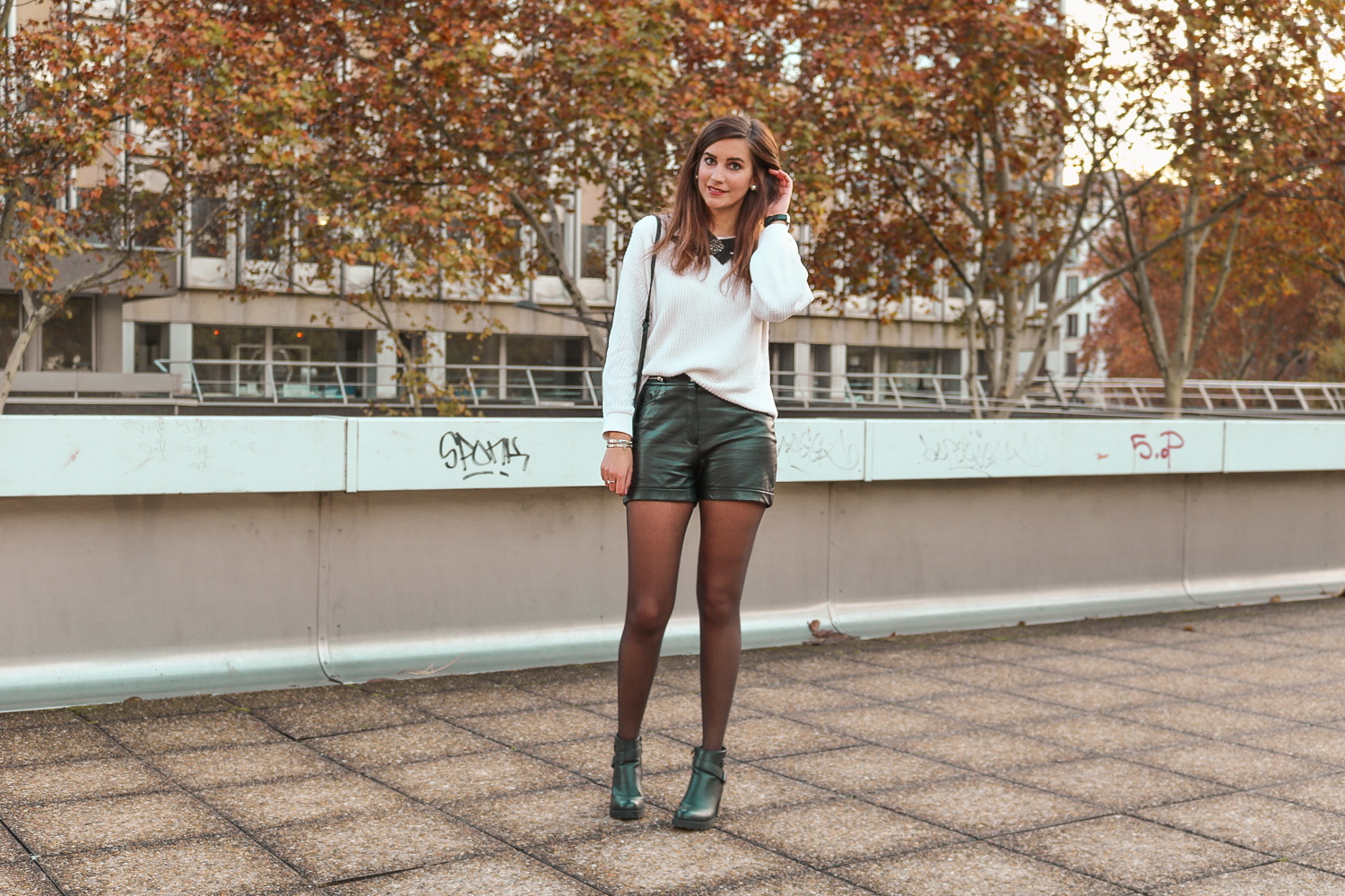 2404852287a86c LOOK] Comment porter le gros pull d'hiver ? - A Little Daisy Blog ...
